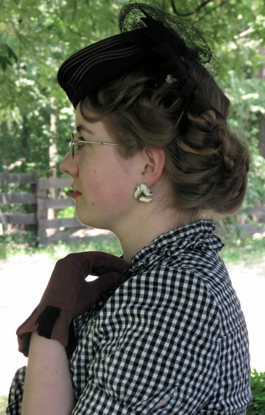 August Tutorial 1930s Short Curled Hairstyle For Med Long