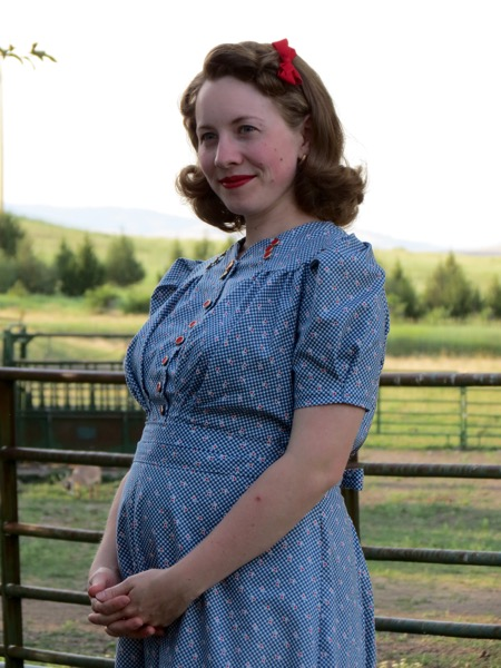 This Dress I Definitely Like Better Than The 1940s Pink Linen Maternity Made Earlier Since In Fullness Is Back Controlled By