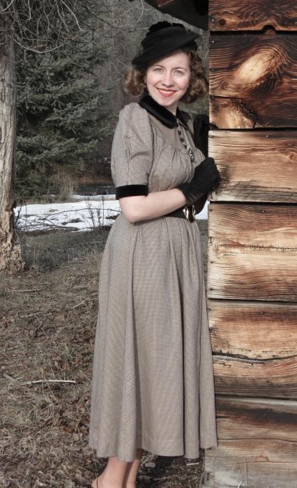 1930s Waistless Dress